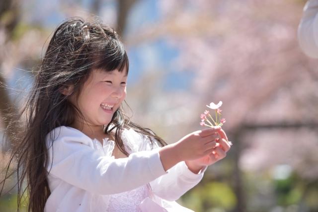 春の女の子